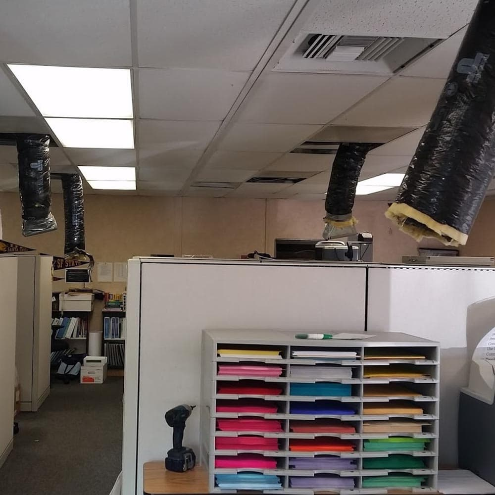 Commercial Setup Portable Classroom Ducts Down