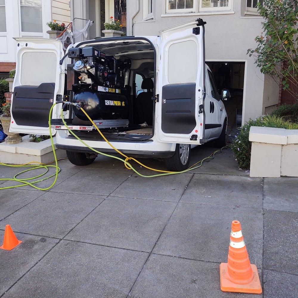 Residential Setup Van Truck Mounted Air Compressor
